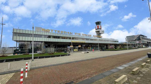 Met de taxi naar Rotterdam The Hague Airport